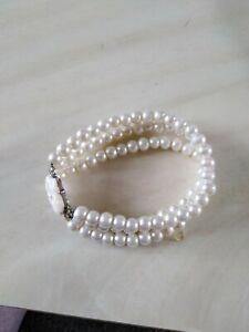 White Beaded Bracelet With Flower christmas birthday mothers day wedding gift