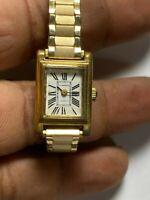 Vintage Ladies Gold Tone La Marque Analog Watch