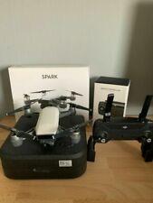 DJI Drohne Spark mit Controller in weiß, technisch, optisch einwandfrei, mit OVP