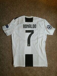 Ronaldo Juventus Jersey 2018 2019 Home size M Football Soccer