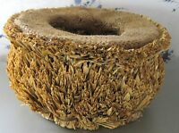 """HANDMADE ROUND STRAW BASKET MINT Please SEE ALL PHOTOS 8"""" dia 4""""H 4"""" dia opening"""