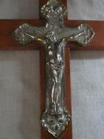ANTIQUE EUROPE CATHOLIC CRUCIFIX WOOD METAL ANGELS VINTAGE JESUS CROSS RELIGIOUS
