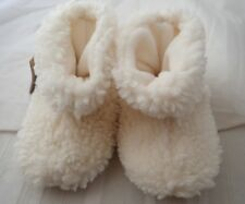 NEW Acorn Tex Easy Slip On Infant Booties or Slippers - Size 18-24 Months, Ivory