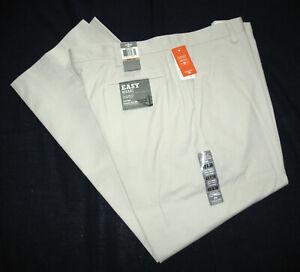 Dockers Mens 42 x 30 Easy Khaki Pants Classic Fit D3 Flat Front 462470003