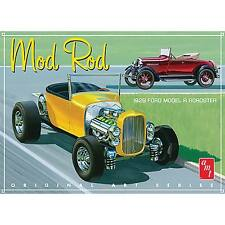 AMT 1929 Ford Model A Roadster Mod Rod 2 in 1 model kit 1/25