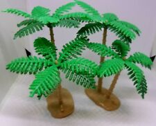 PALM TREES LOT OF 2 SCENERY PLASTIC 4 INCH  2 TREES PER BASE DIORAMA RAILROAD