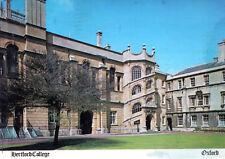 England - Oxford  -  Hertford College - Old quadrangle  -  1980