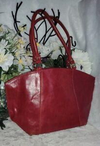 Valentina Red Leather Shoulder Handbag Made in Italy Gold Hardware EUC