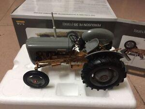 Universal Hobbies Agco Ferguson FE 35 1956 Tractor 1/16 Scale DieCast UH2986