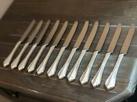 1881 Rogers Oneida Ltd Silverplate 1985 King James Set Of 11 Dinner Knives