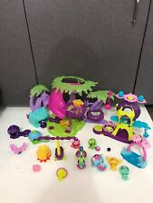 lot Spin Masters Zoobles Tree House habitat Playset w Figures
