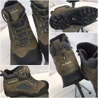 Vasque Gore-Tex Boots Sz 7.5 Men Brown Leather Worn Twice YGI C9S-70