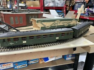 Hornby ACHO 2 X SNCF Coaches 734 1st Class & 733 2nd Class Boxed