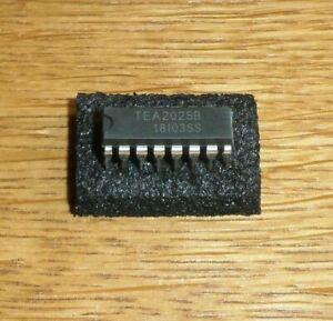 2 x TEA 2025 B  ( = 2 pcs = 2 x 2W AUDIO AMPLIFIER Audioverstärker  3-15 V DC )