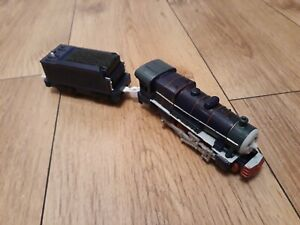 Thomas Trackmaster Hank Train with powered tender. RARE. OLD STYLE TOMY