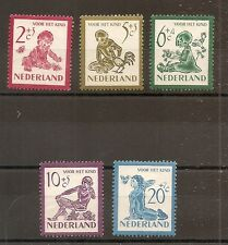 TIMBRE PAYS BAS NETHERLANDS NEDERLAND N°549/553 NEUF* MH COTE 22 EUROS