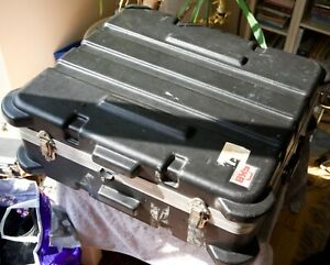 SKB 12U mixer flight case