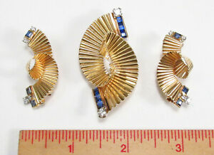 Vintage 1950s George Schuler PP USA 14K Gold Diamond Sapphire Brooch Earrings