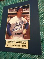 SANDY KOUFAX LA DODGERS HALL OF FAME-1972 AUTOGRAPHED VINTAGE PHOTO NO COA