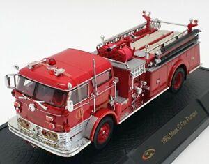 Signature Models 1/32 Scale 32372 - 1960 Mack C Fire Pumper - Red