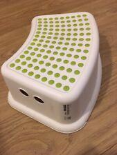 "Children's stool, white and green - 5"" / 13cm"