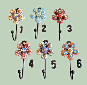 Hand Painted Ceramic Daisy Flower Coat Hook Coathooks Towel Hanger 7 x 12 x 3cm