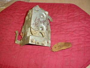 NOS MOPAR 1971 C BODY RIGHT FRONT DOOR LATCH FURY C300