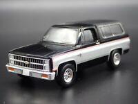 1981 81 CHEVY CHEVROLET K5 BLAZER SQUAREBODY HITCH 1:64 SCALE DIECAST MODEL CAR