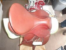 STUBBEN SADDLE ROXANE FANTASTIC CONDITION BARELY USED COMES WITH STIRRUPS & MORE