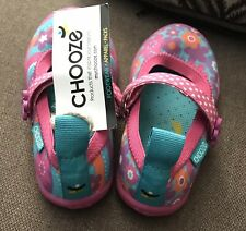 Chooze Shoes -Toddler Size 7. Jump Enchant