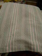 """KING BED SKIRT Lt. Green/White Tailored 15-1/2"""" Split Corner Never Used Mint!!!"""