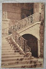 """CPA """" ST JEAN DE LUZ - L'Eglise - Escalier en fer forgé du XVIIe Siècle"""