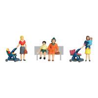 Woodland Scenics A1832 HO/OO Gauge Mums & Kids Figures