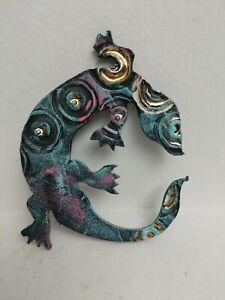Lizard wall decor Art Gecko Colored Blue Pink Aqua White Gold Reptile