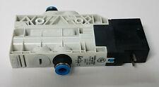 FESTO VUVB-L-M32C-AD-Q8-1C1 537469 3/2 Wege Magnetventil - NEU - worldwide ship