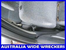 NISSAN PULSAR N15 1995-2000 L/H FRONT SEAT BELT WRECKING CAR 4 PARTS 6711