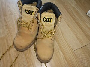 Cat   Boots  tan UK  5