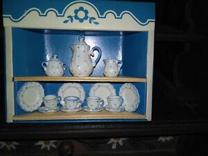 Bodo Hennig Geschirr für die Puppenstube , klein