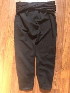 Women's Capri Black Twist Front Leggings Size XS K060