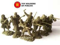 "NEW! ""PUBLIUS"" SOVIET INFANTRY WWII,WINTER 43/44,8 rubber plastic soldiers 1:32"