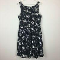 Jacqui E Womens Black with White/Grey Flowers Sleeveless Pockets Dress Size 10