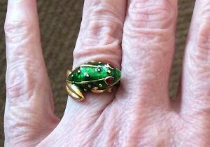 Hidalgo Enamel Frog Ring 18k Yellow Gold
