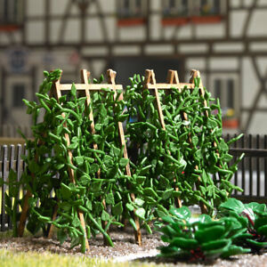 18 runner beans on wooden poles - OO/HO scenery Busch 1269 -