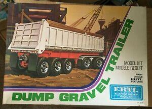 Vintage Ertl Dump Gravel Trailer 8020 Complete/Unbuilt