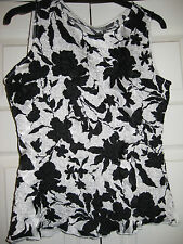 LOVELY LADIES SIZE S WALLIS BLACK AND WHITE SMART EVENING TOP