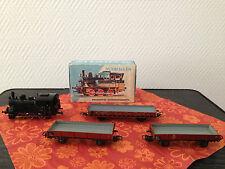 Märklin H0 dreiachs Tenderlok 3029 in OVP Bilderkarton + 3 Nb Güterwagen   #41