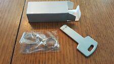 2GB USB Flash Drive Memory Stick - Silver Key Pattern (Metal)