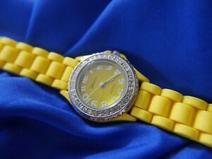 GENEVA PLATINUM 7805 YELLOW SILICONE SILVER TONE WATCH new battery !!! A10