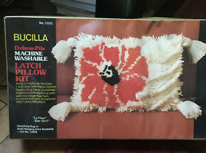 "New Vtg Bucilla Latch Hook Pillow Kit #12858 ""La Fleur"" Boho 70s Deluxe Pile"