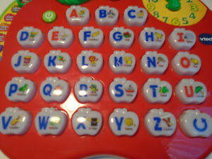 VTech Alphabet Apple Educational Toy With Sound Learning Spelling Tool Red